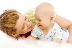 Особенности физического развития грудничка в 8 месяцев